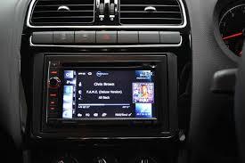 Les fonctionnalités disponibles sur l'autoradio avec GPS